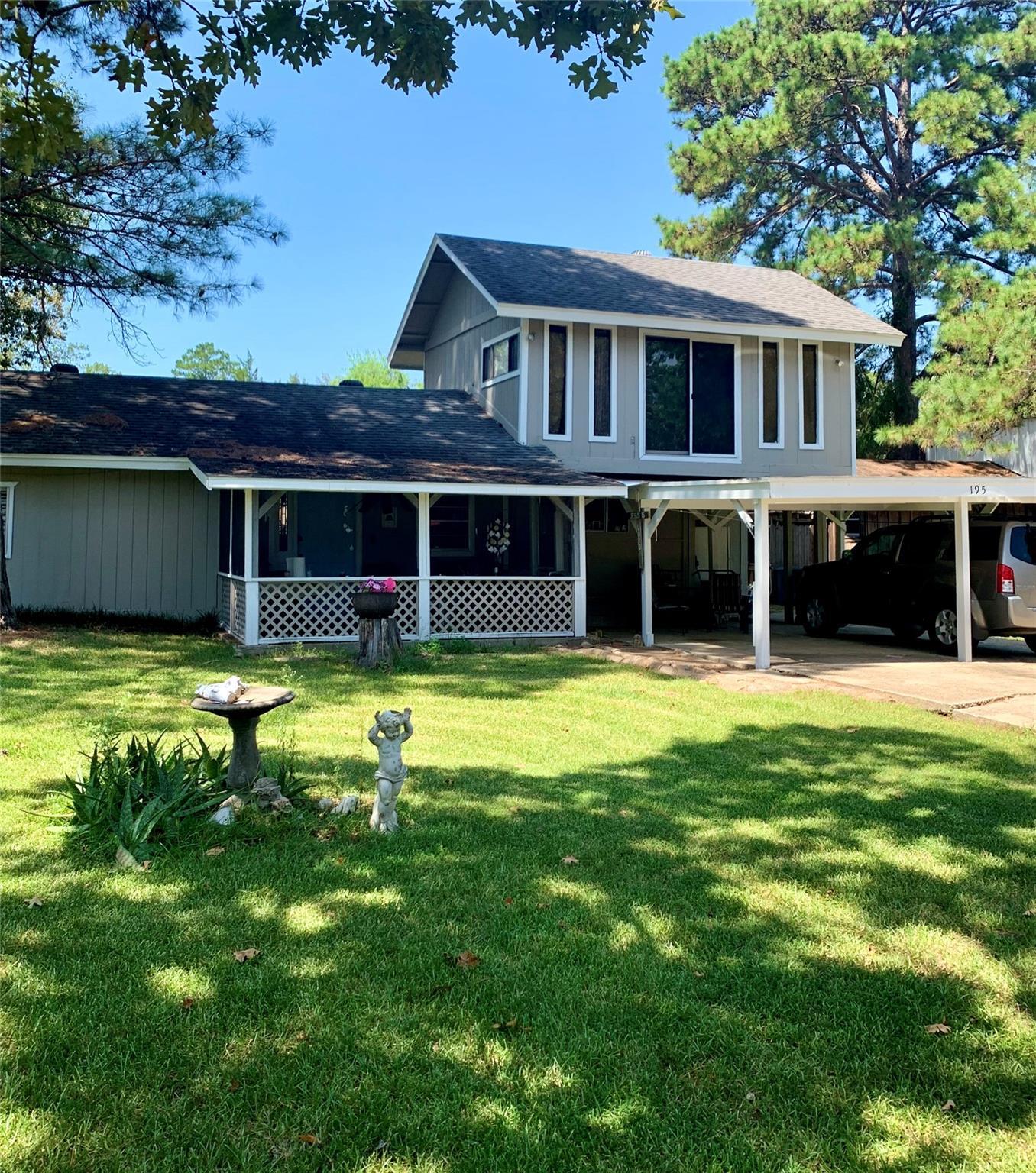 195 Lakeside Drive Property Photo - Zavalla, TX real estate listing
