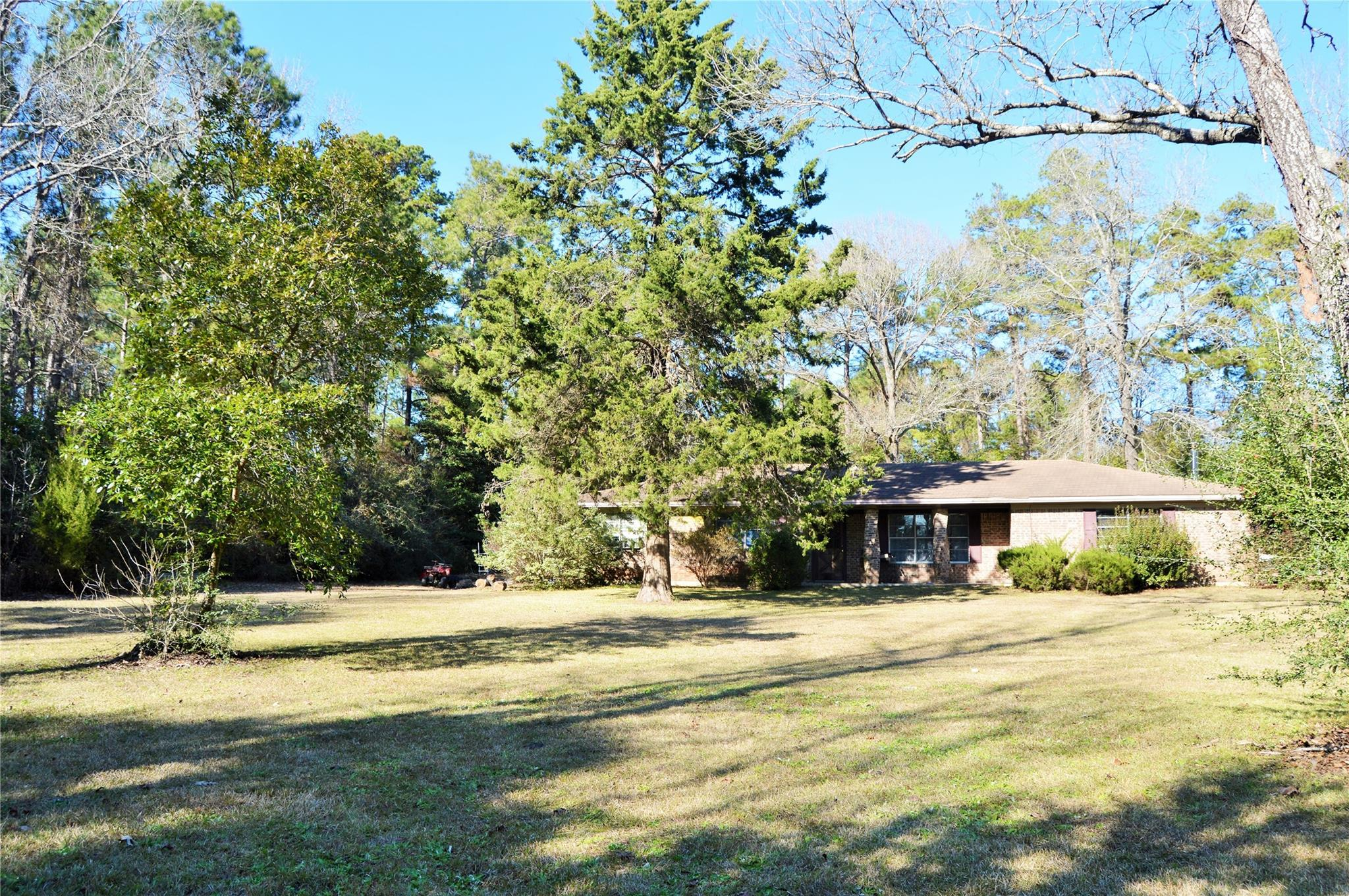 904 Benton Circle Property Photo - Colmesneil, TX real estate listing