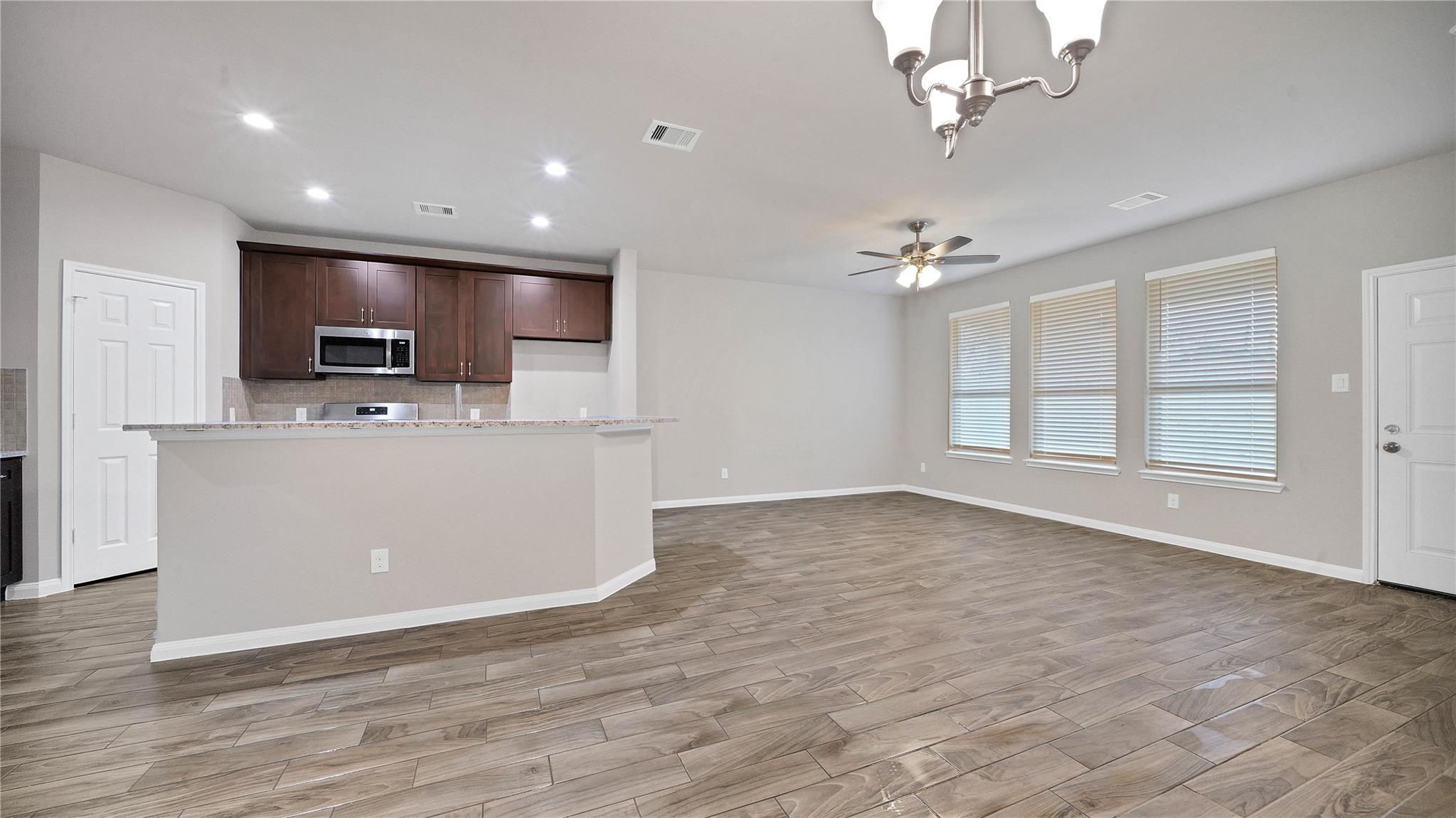 7806 King Street Property Photo - Houston, TX real estate listing