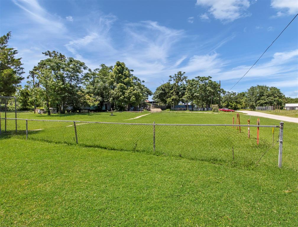 17641 Meadowbrook Drive Property Photo - Channelview, TX real estate listing