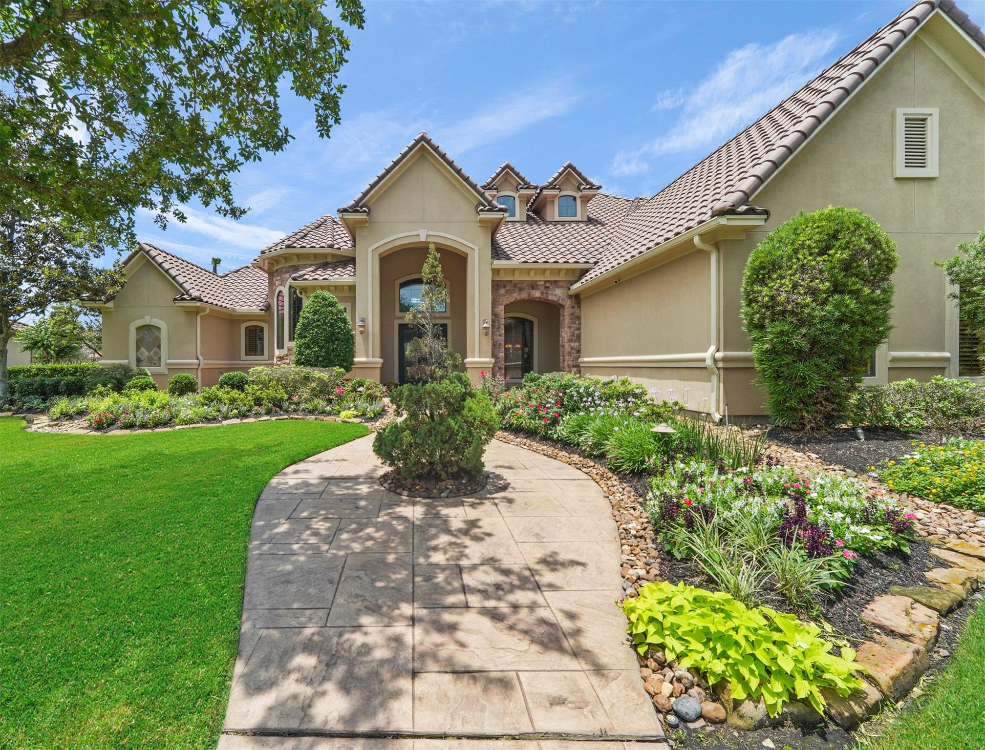 106 Lake Sterling Gate Drive Property Photo