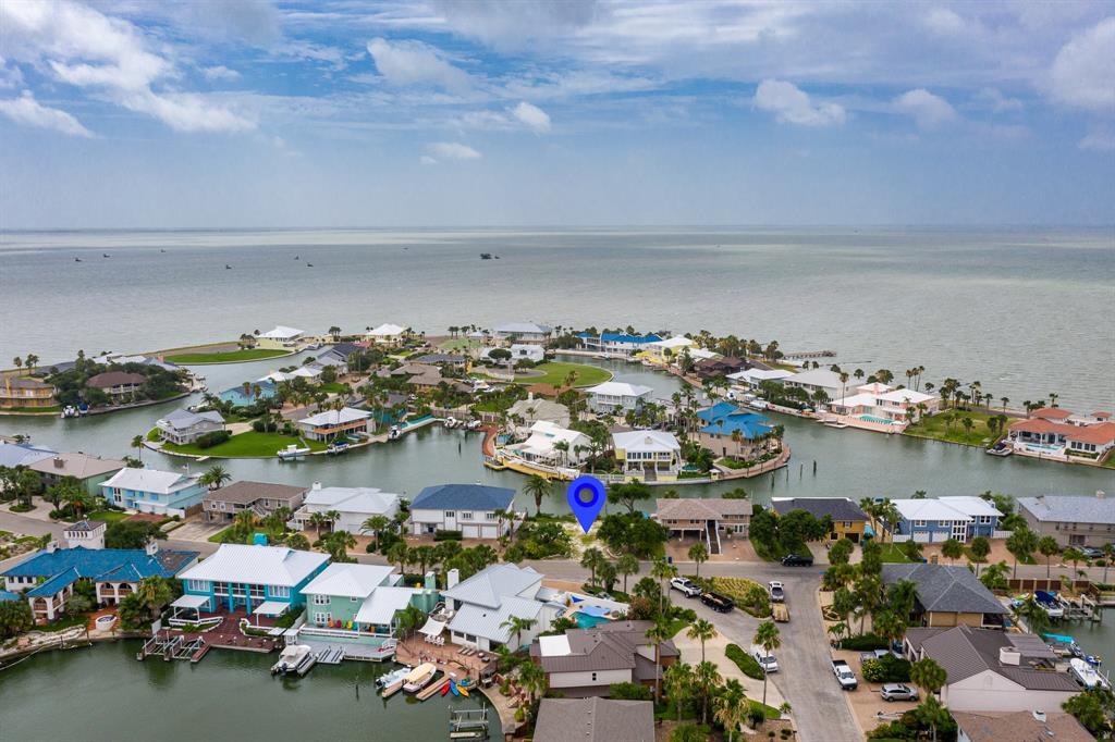 26 Blue Heron Drive Property Photo - Rockport, TX real estate listing