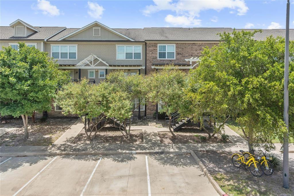 1725 Harvey Mitchell Parkway S #1428 Property Photo