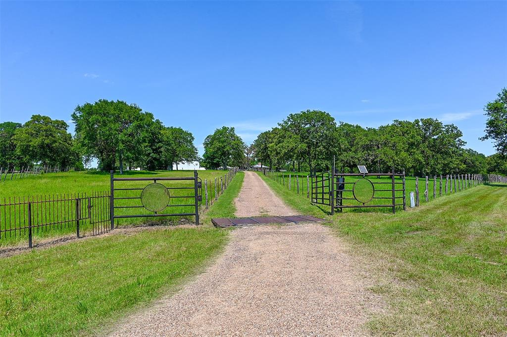 5625 S State Highway 6 Highway, Hearne, TX 77859 - Hearne, TX real estate listing