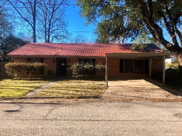 310 Elliott Street, Center, TX 75935 - Center, TX real estate listing