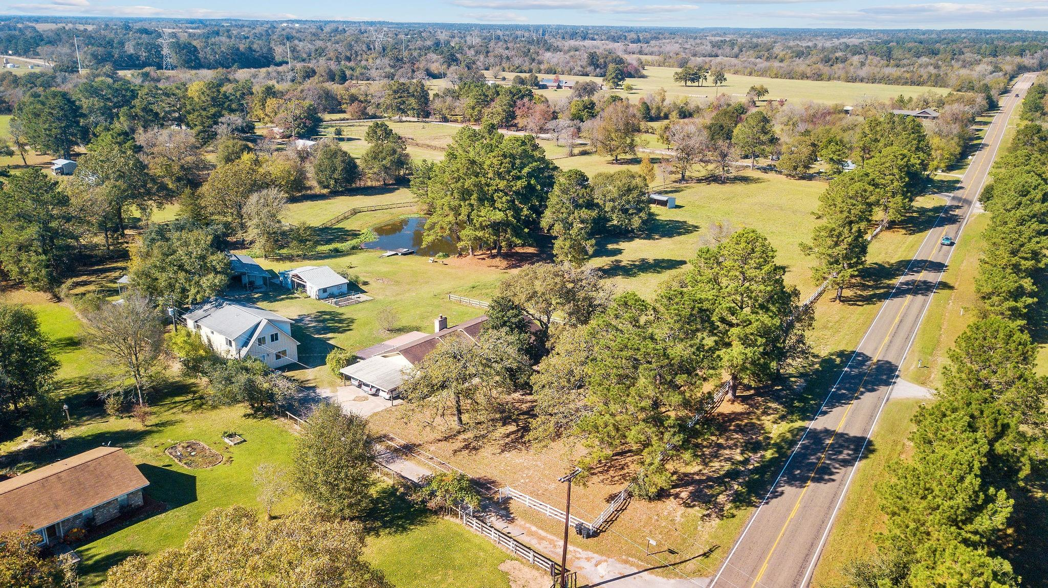 1069 N Fm 1486 Road Property Photo - Montgomery, TX real estate listing