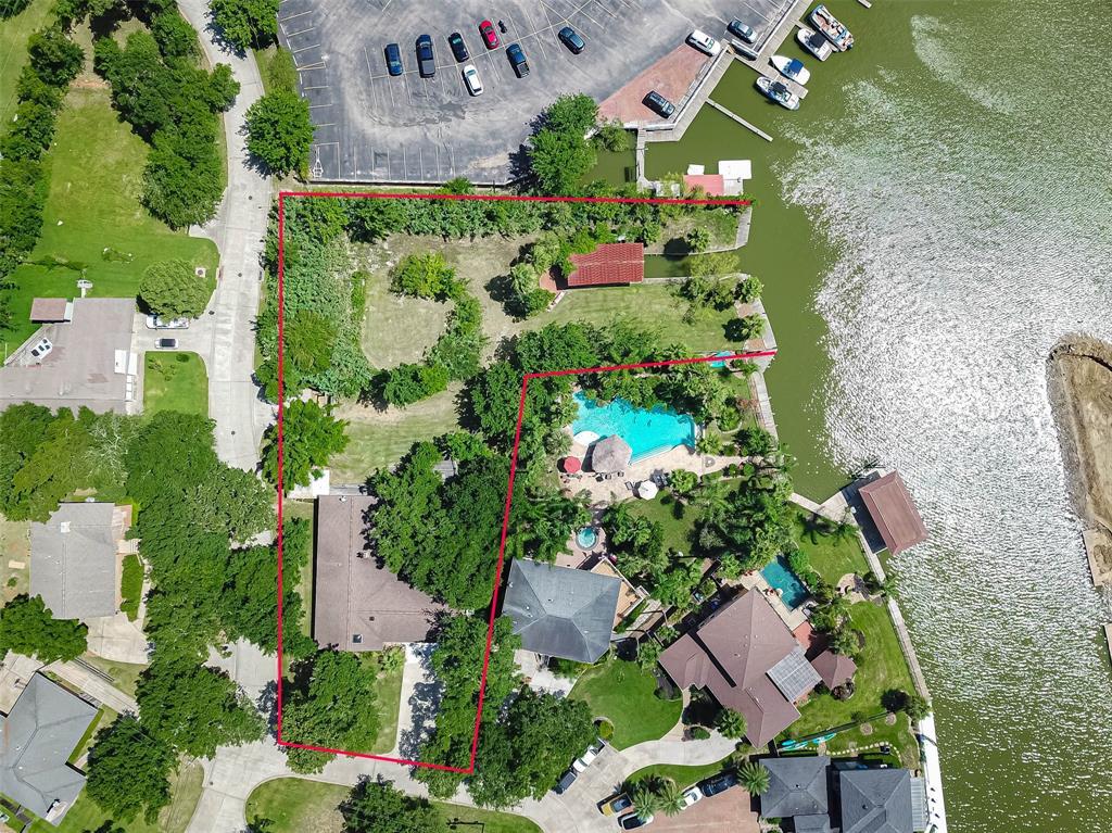 101 Cedar Lane Property Photo - Seabrook, TX real estate listing