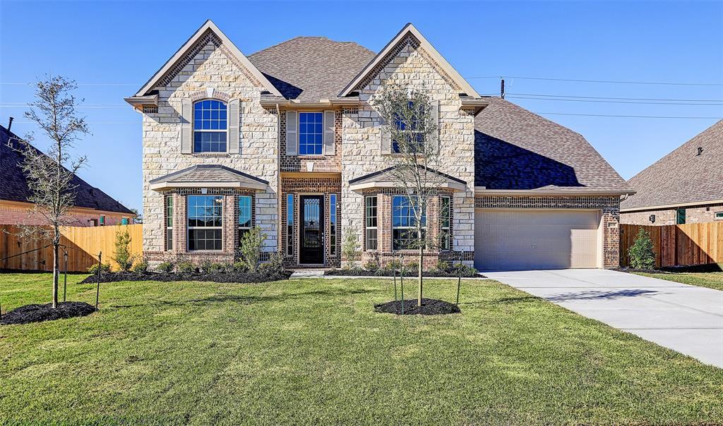 11731 Oakwood Drive, Mont Belvieu, TX 77535 - Mont Belvieu, TX real estate listing