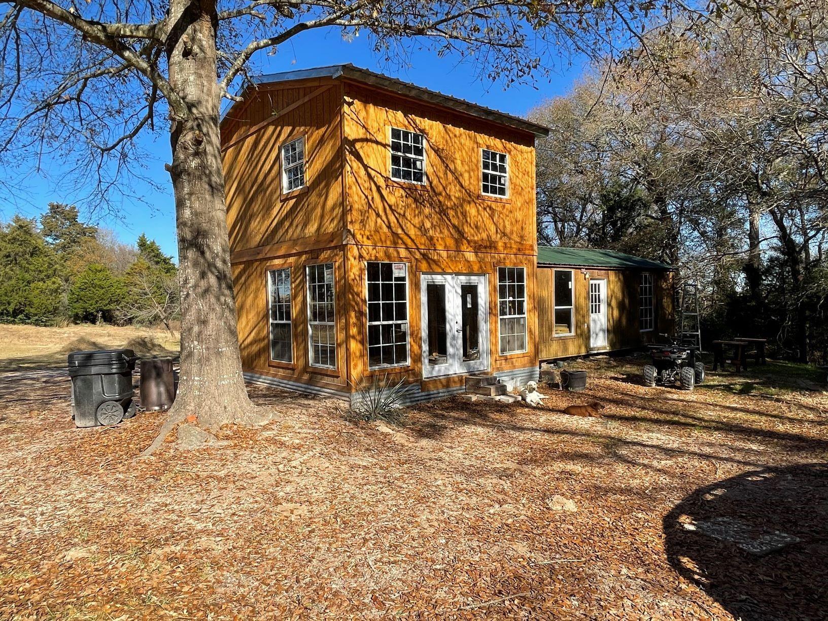 120 F County Road 421 E Property Photo