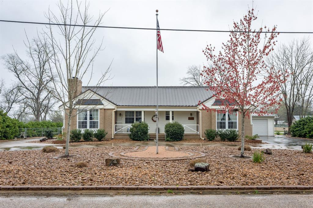 353 San Jacinto Street, Trinity, TX 75862 - Trinity, TX real estate listing
