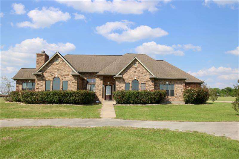 104 Dove Trl, Navasota, TX 77868 - Navasota, TX real estate listing
