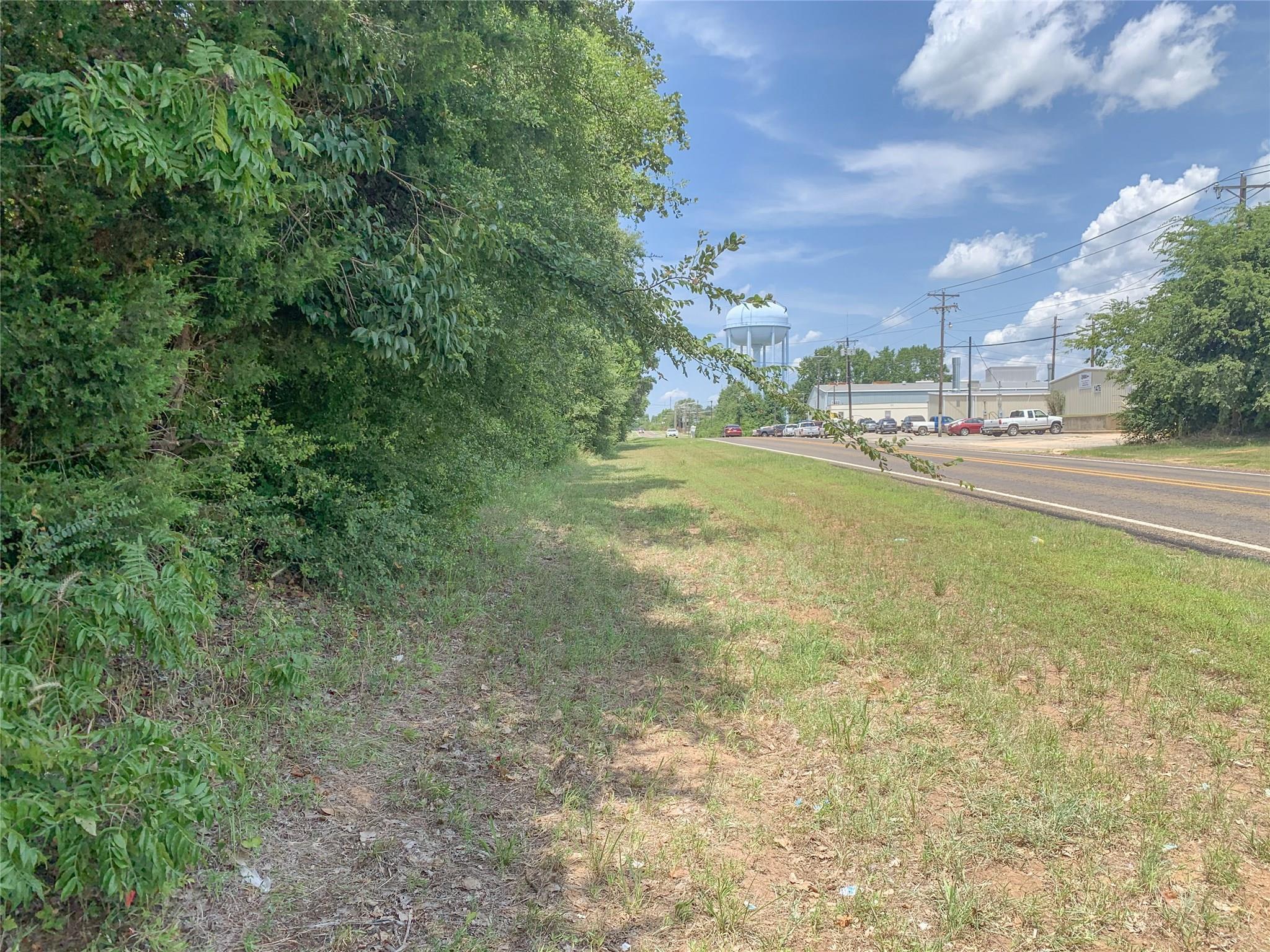 1465 N Bolton Street Property Photo - Jacksonville, TX real estate listing