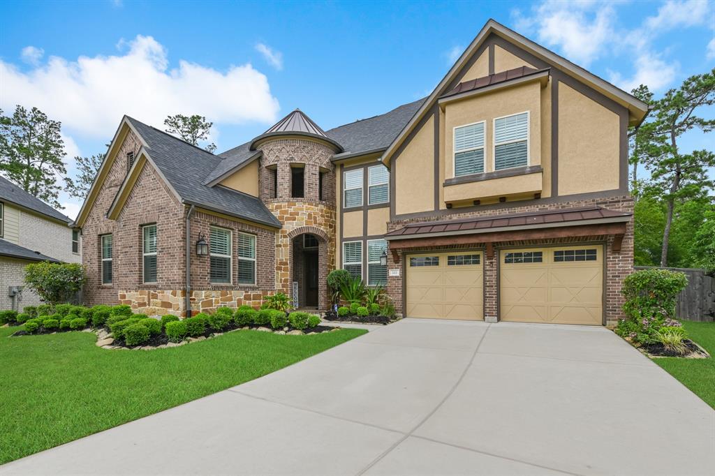 202 Cedar Creek Court Property Photo - Pinehurst, TX real estate listing