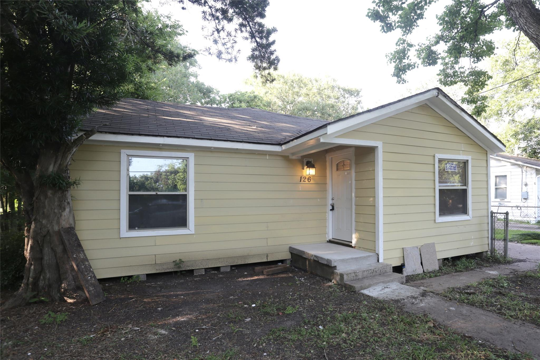 126 Landers Road Property Photo - Oyster Creek, TX real estate listing