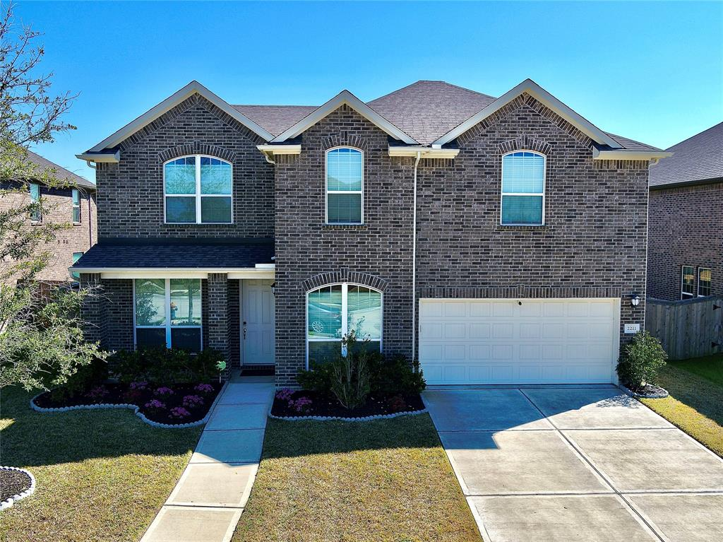 2211 Churchill Cove Lane, Pearland, TX 77089 - Pearland, TX real estate listing