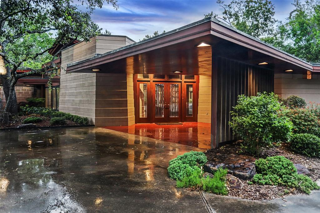12020 Tall Oaks Street Property Photo - Bunker Hill Village, TX real estate listing
