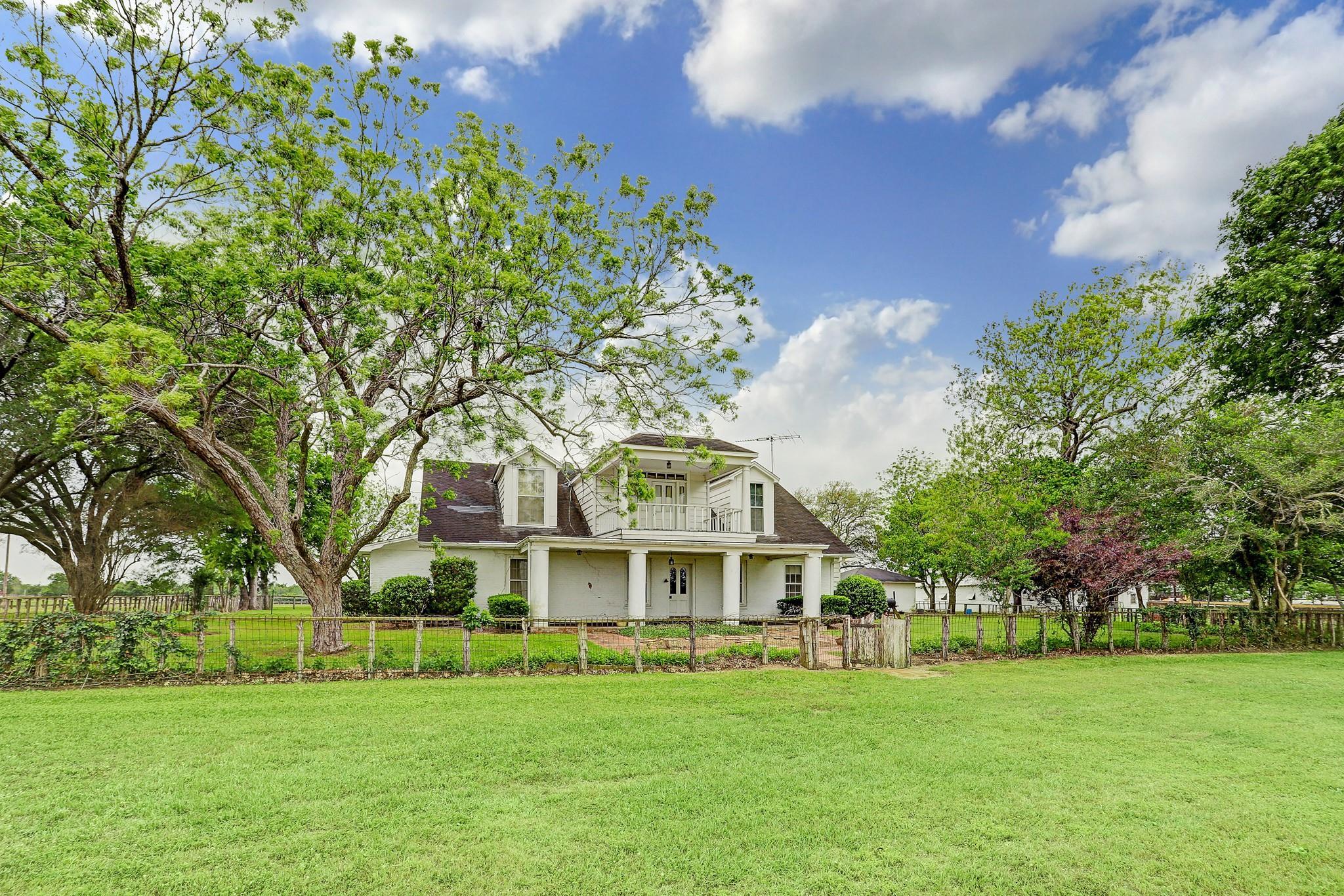 6655 Chadwick Hogan Road Property Photo