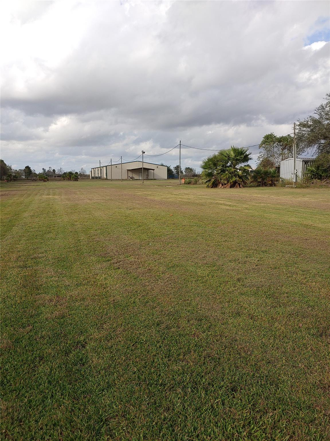 10445 Fm 1462 Road Property Photo - Alvin, TX real estate listing