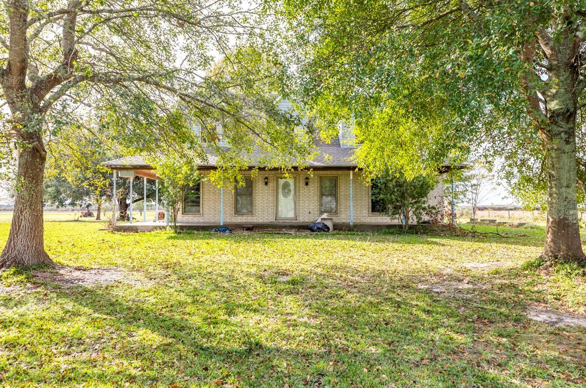 13740 Santa Fe Trail Property Photo - Hamshire, TX real estate listing