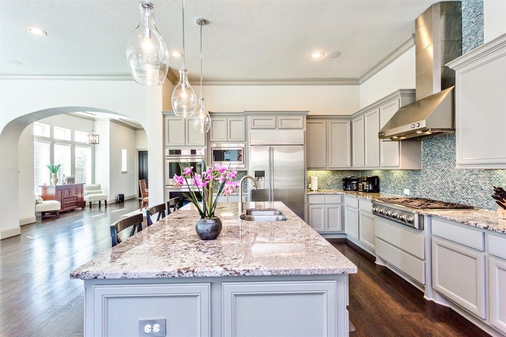 86 Quiet Way Lane Property Photo - Sugar Land, TX real estate listing
