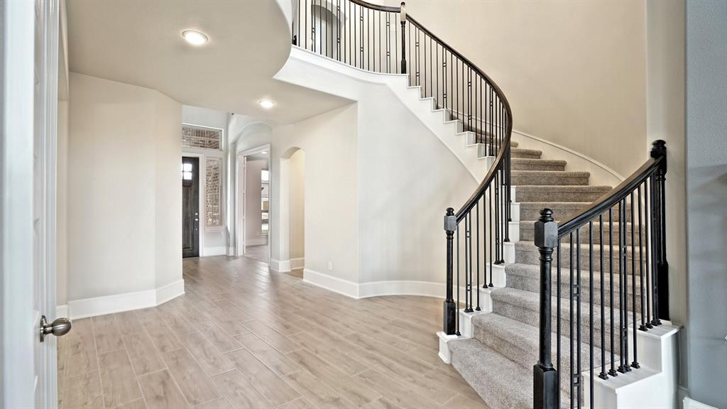 15810 Sunlit Falls Drive, Humble, TX 77346 - Humble, TX real estate listing