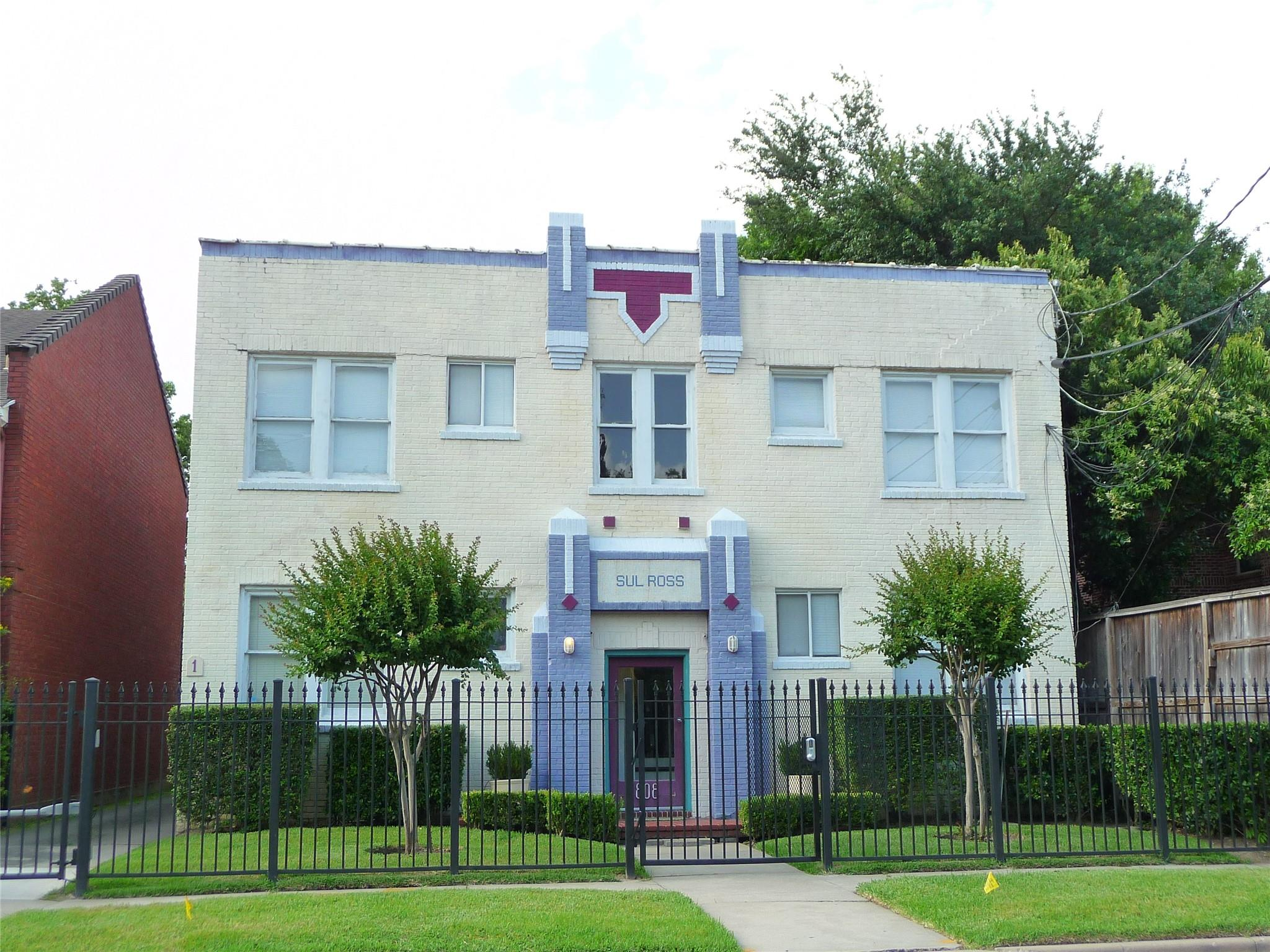 818 Sul Ross Th See 3819 Ros Real Estate Listings Main Image