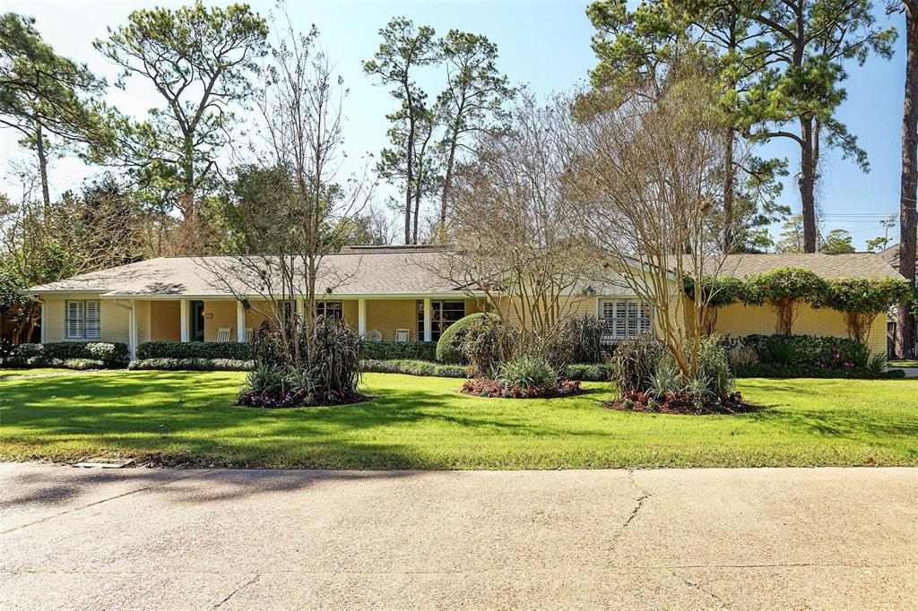 517 Ripple Creek Drive, Hunters Creek Village, TX 77024 - Hunters Creek Village, TX real estate listing