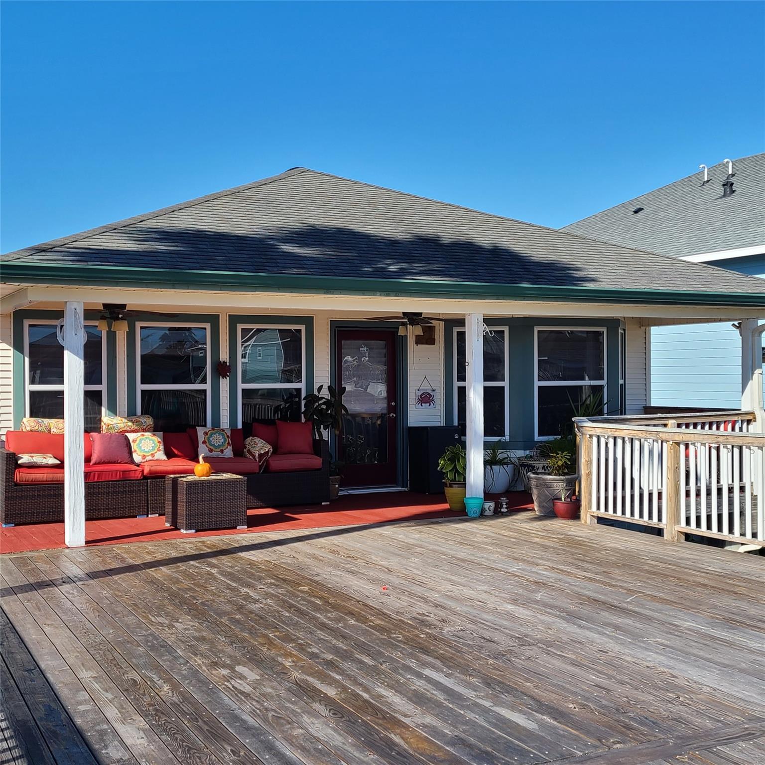 26 Dolphin Street Property Photo - Bayou Vista, TX real estate listing