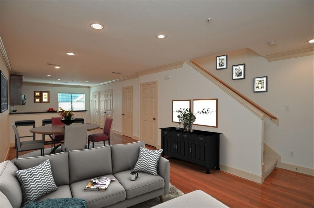 1342 Rutland Street #209, Houston, TX 77008 - Houston, TX real estate listing