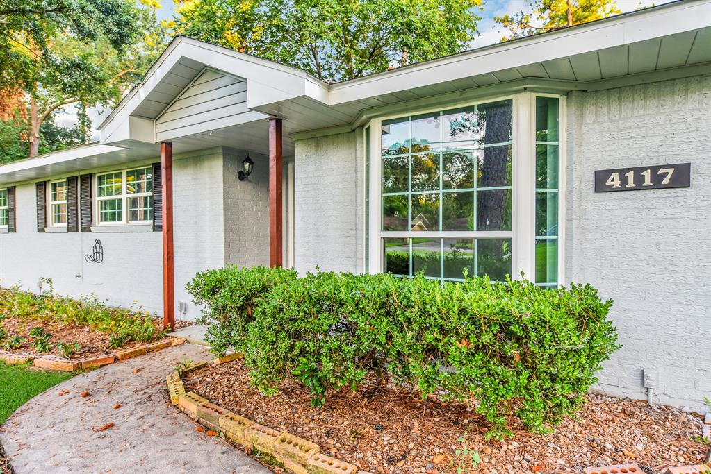 4117 Brookwoods Drive Property Photo - Houston, TX real estate listing