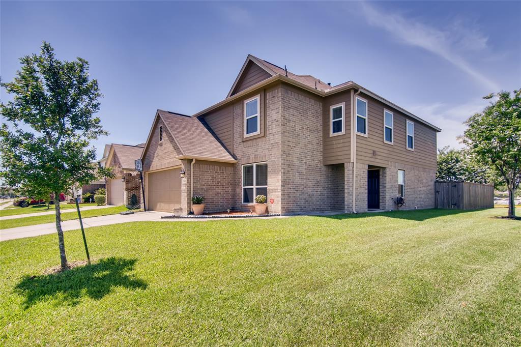 4951 Blue Spruce Hill Street Property Photo