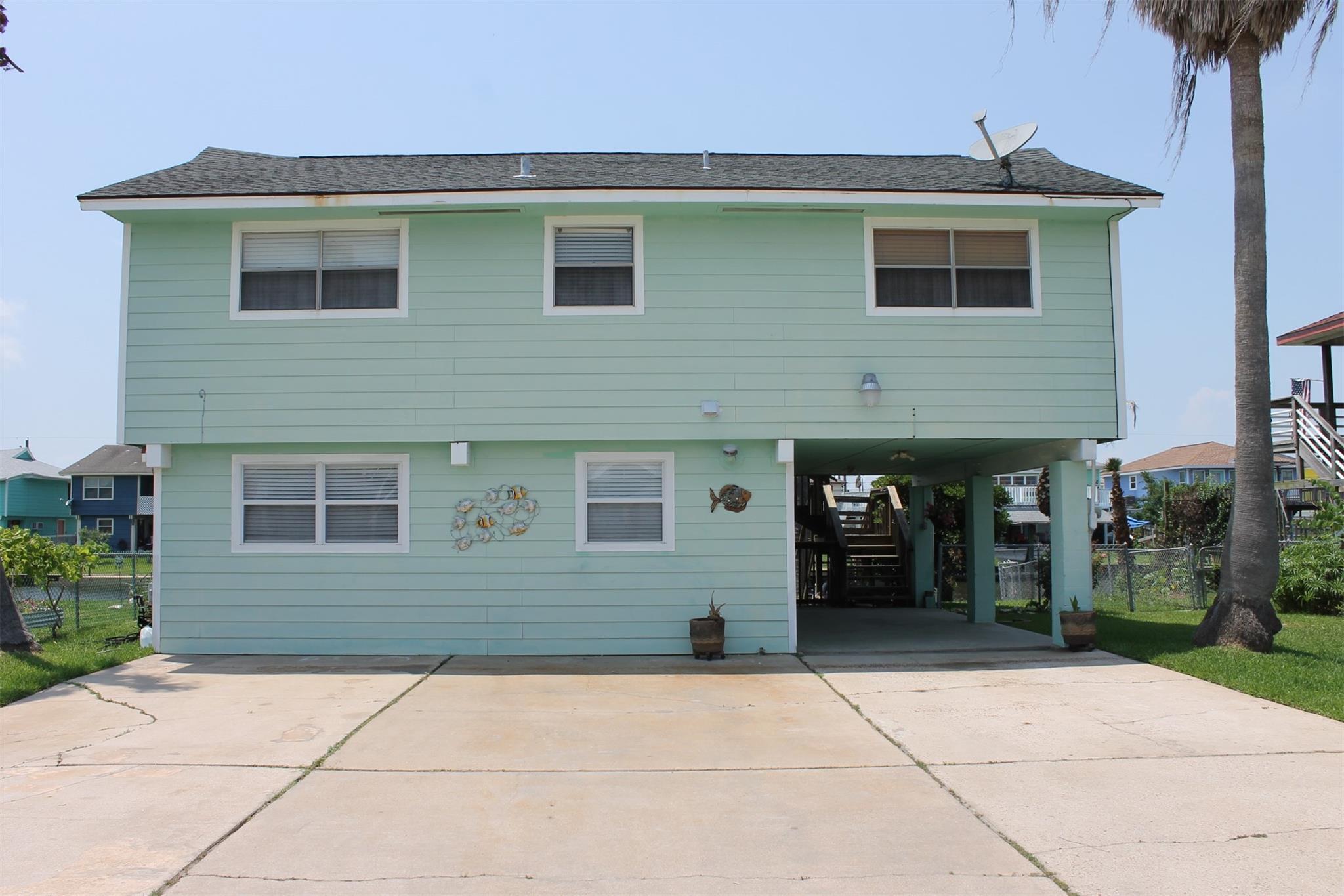 868 Bonita Street Property Photo
