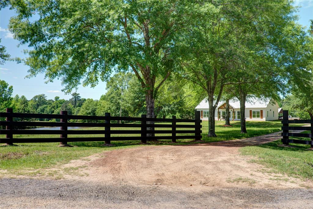 2932 County Road 2570 Property Photo - Woodville, TX real estate listing