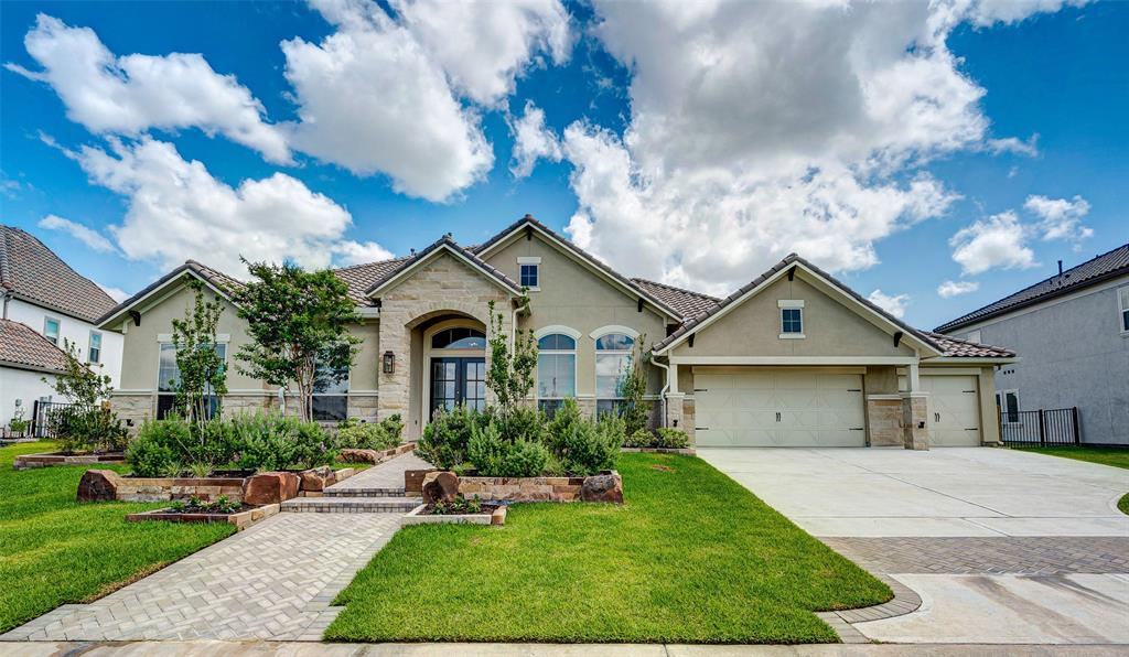 19222 W Josey Overlook Drive Property Photo - Cypress, TX real estate listing