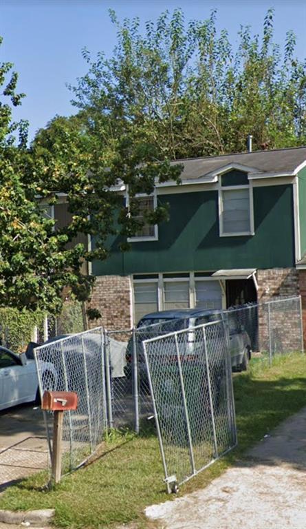 7875 Locksley Road Property Photo - Houston, TX real estate listing