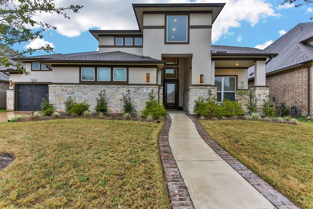 115 Monarch Trail Property Photo - Sugar Land, TX real estate listing