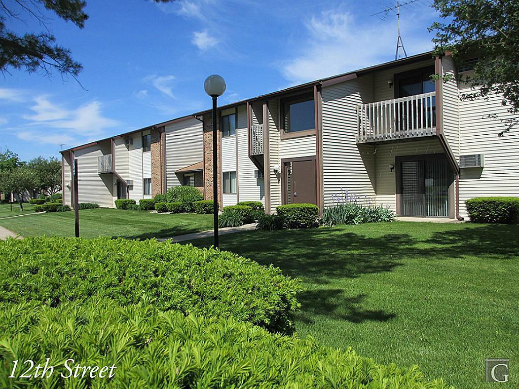 49080 Real Estate Listings Main Image