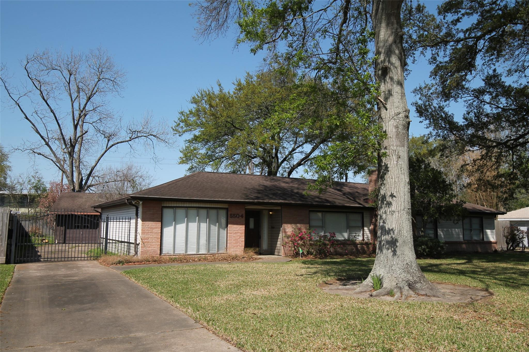 5504 Valerie Street Property Photo