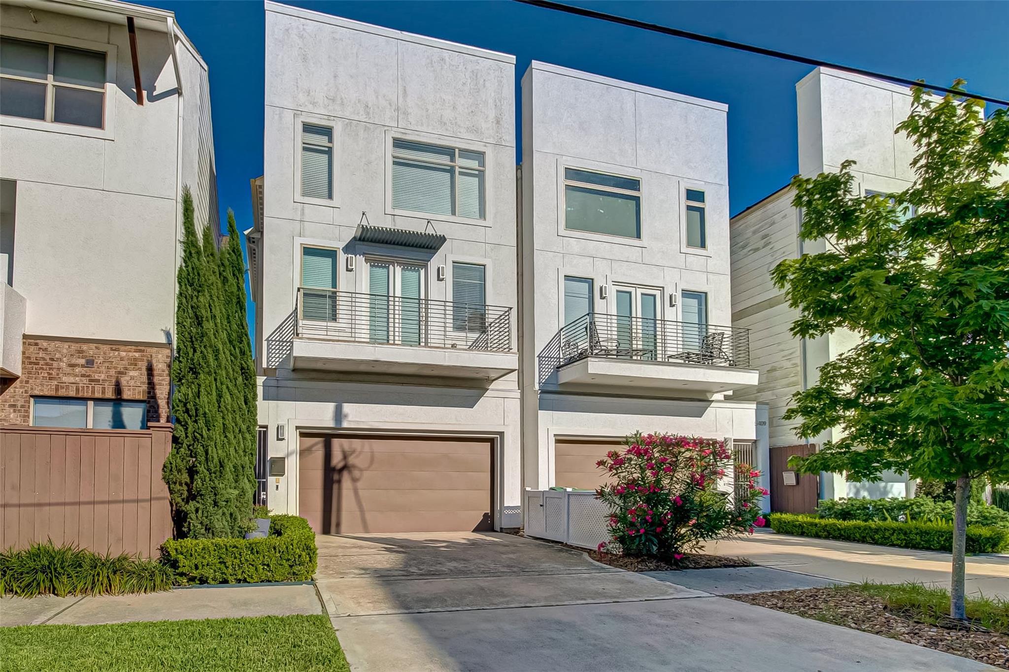 5407 Jackson Street Property Photo 1