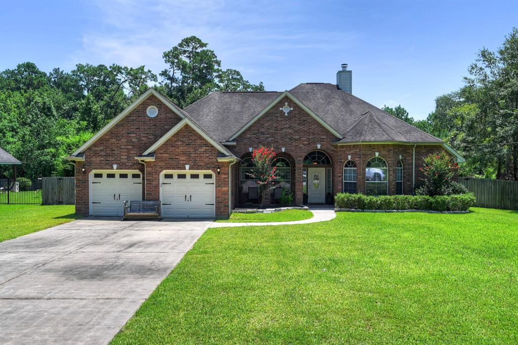 32406 Riverwood Drive Property Photo - Magnolia, TX real estate listing
