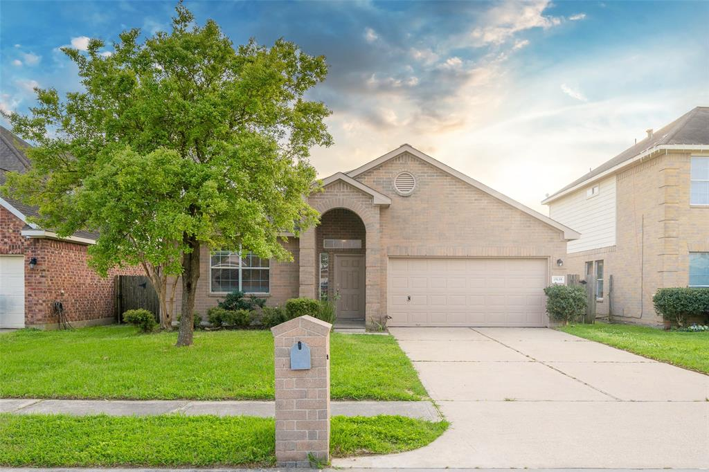 15135 Diamond Way, Cove, TX 77523 - Cove, TX real estate listing