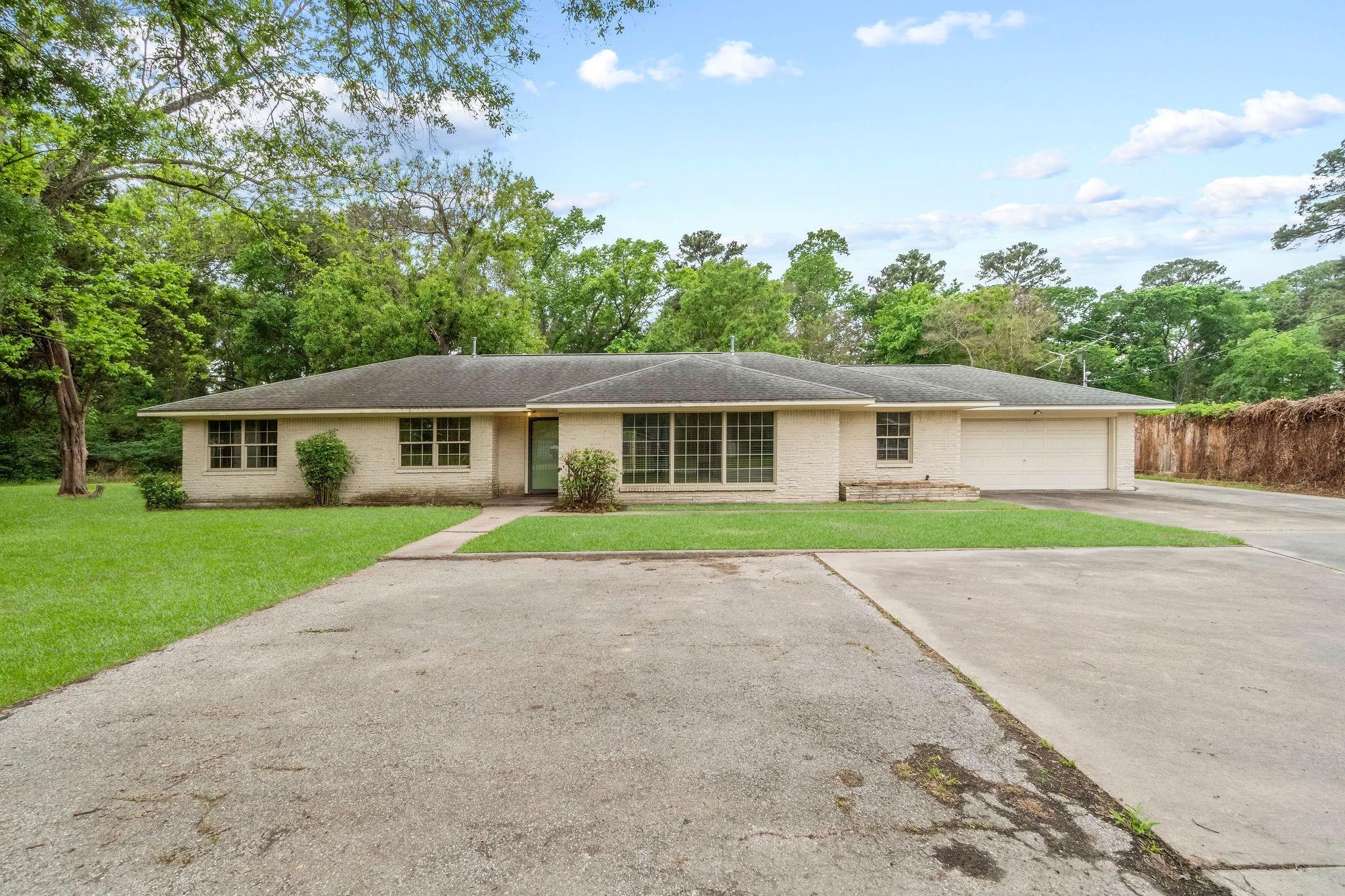 15823 Calvin Road Property Photo