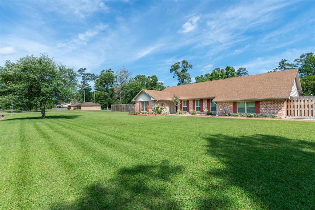 310 Pinemont Drive Property Photo - Sour Lake, TX real estate listing