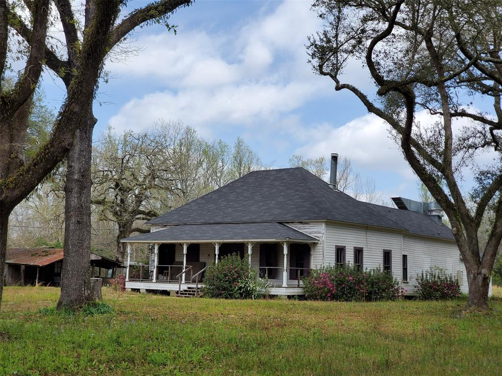 335 County Road 4450 Property Photo - Hillister, TX real estate listing