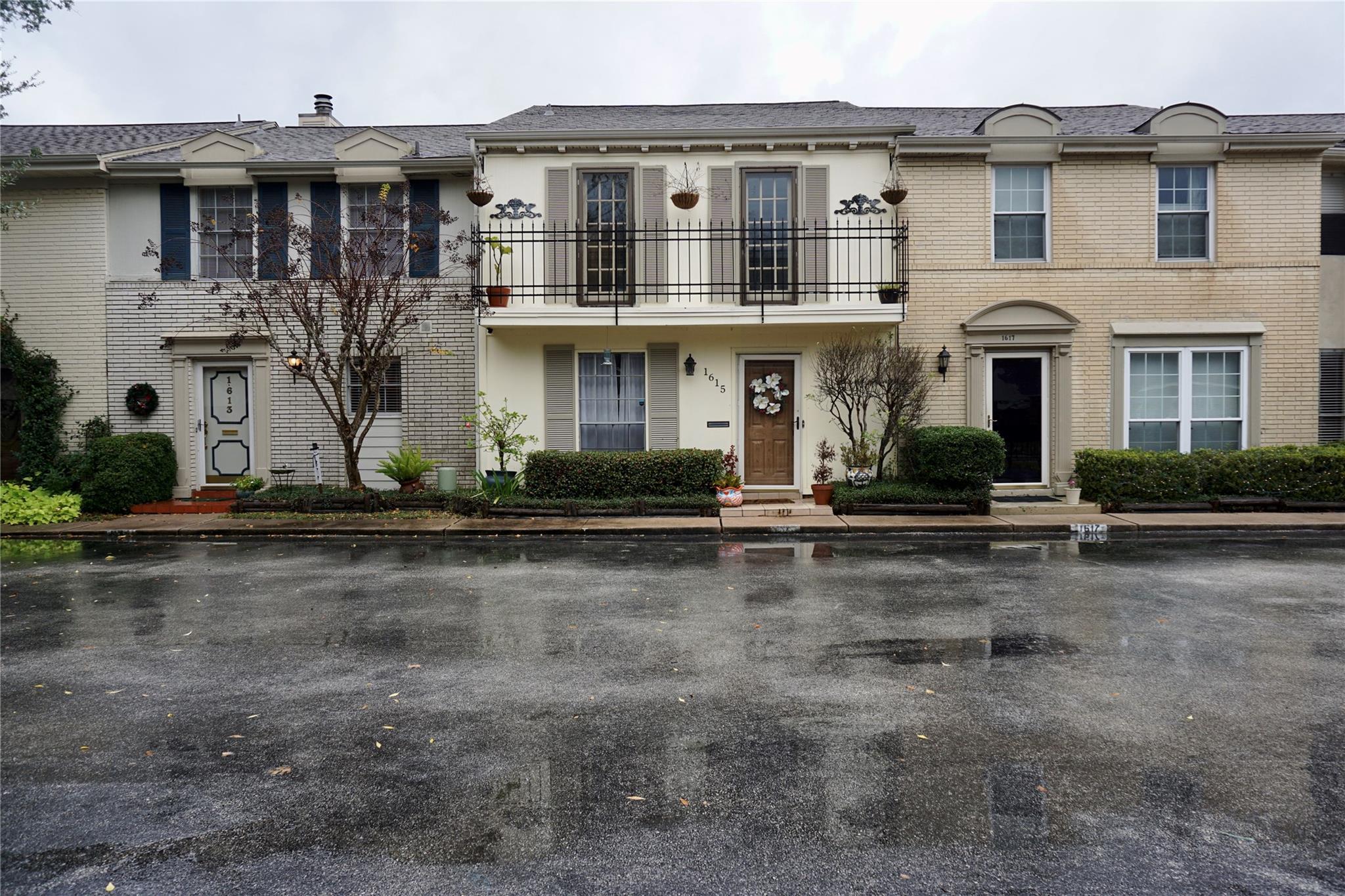 1615 W San Sebastian Lane #1615 Property Photo