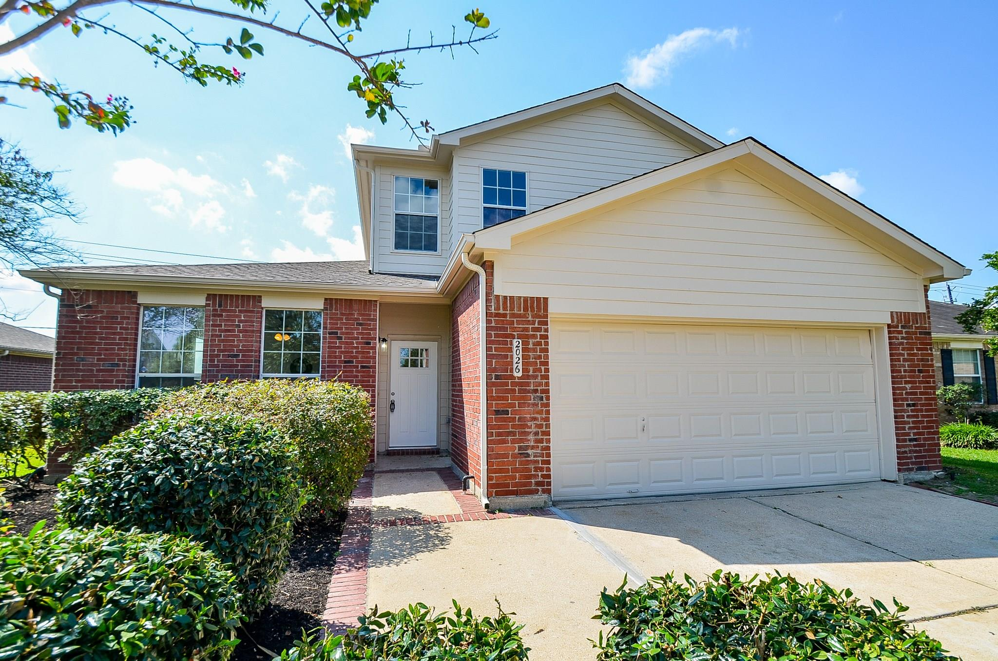 2026 Poco Drive Property Photo - Missouri City, TX real estate listing