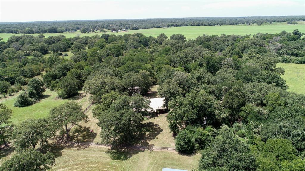 1080 Private Road 8042 Property Photo - Lincoln, TX real estate listing