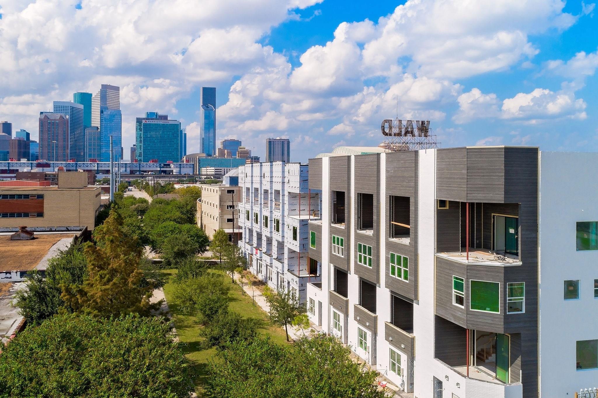 834 Nagle Street Property Photo - Houston, TX real estate listing