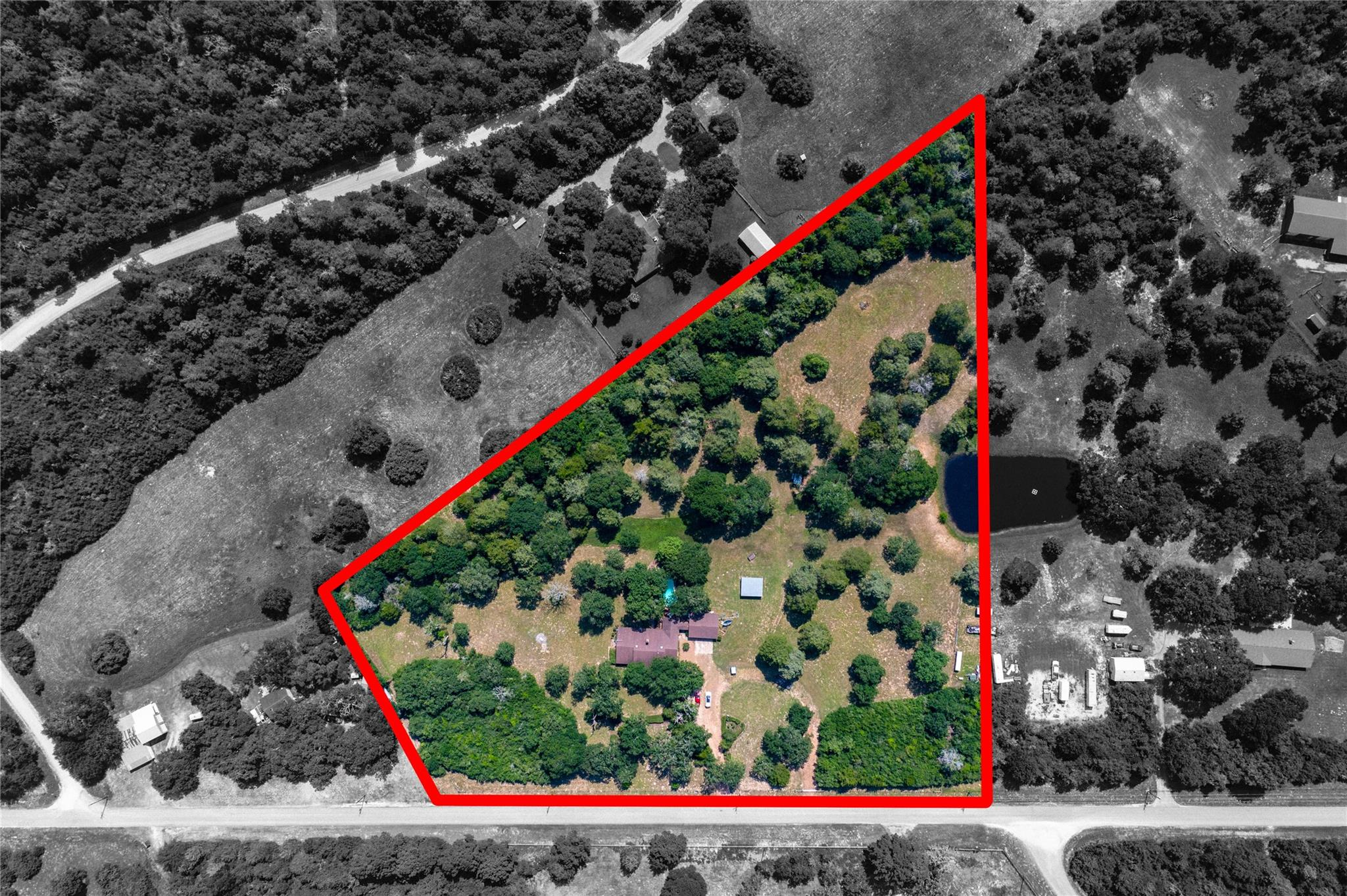 16264 Hinkel Road Property Photo 1