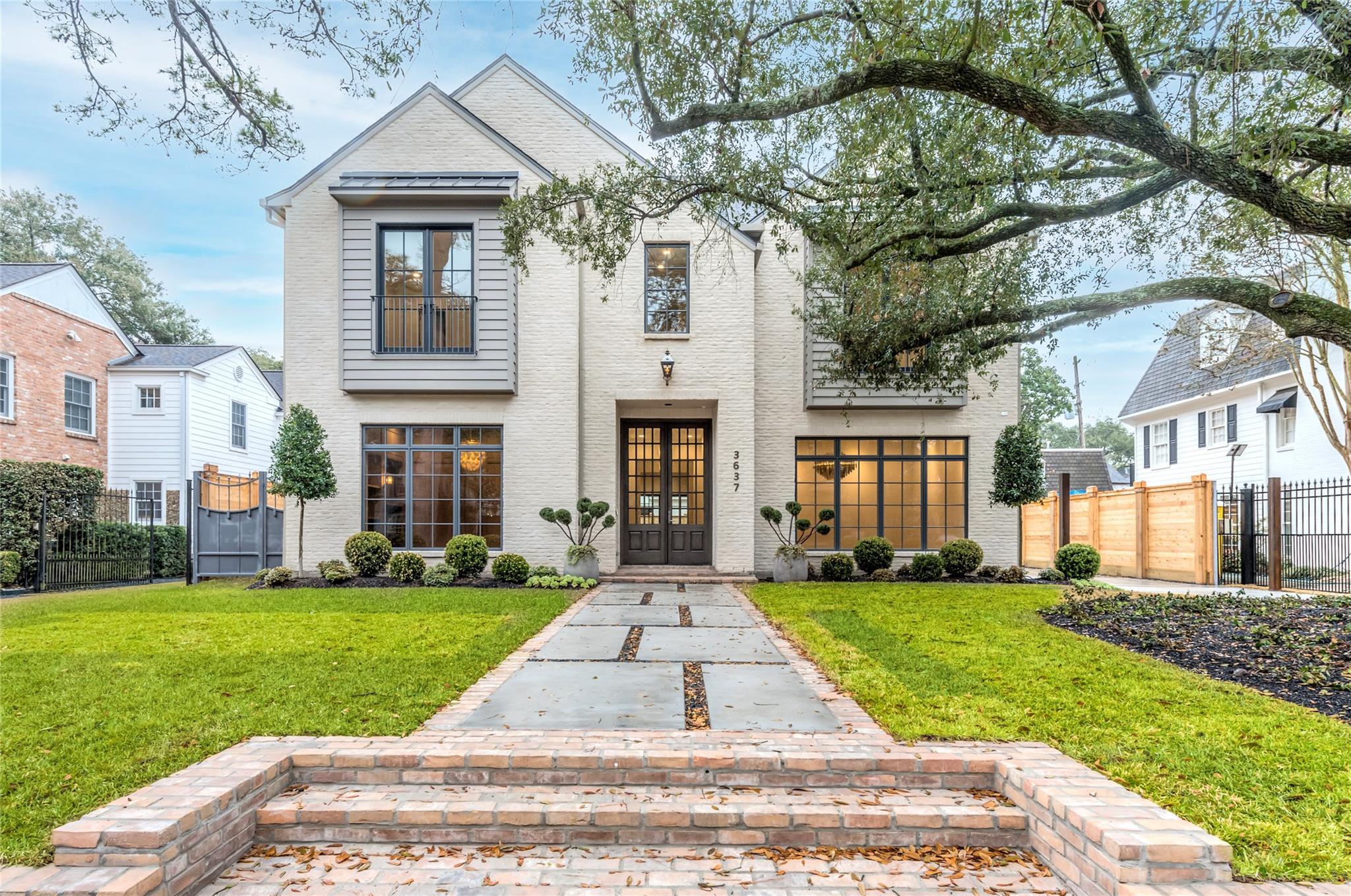 3637 Meadow Lake Lane Property Photo - Houston, TX real estate listing